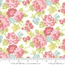 Cottage Bouquets - LINEN