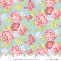Cottage Bouquets - MIST