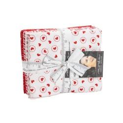 Holiday Essentials - Love Fat Qtr Pk (10)